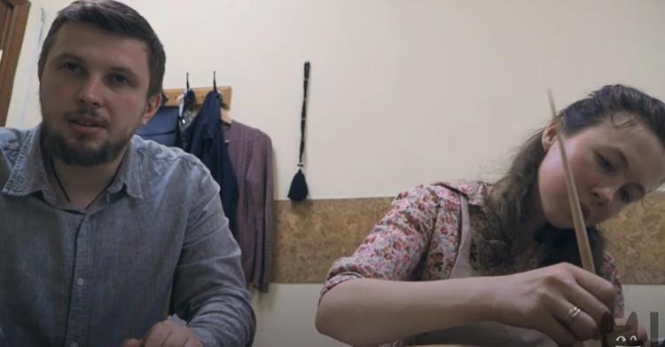 Всеволод Могучев с супругой. Фото: кадр из фильма Ксении Собчак