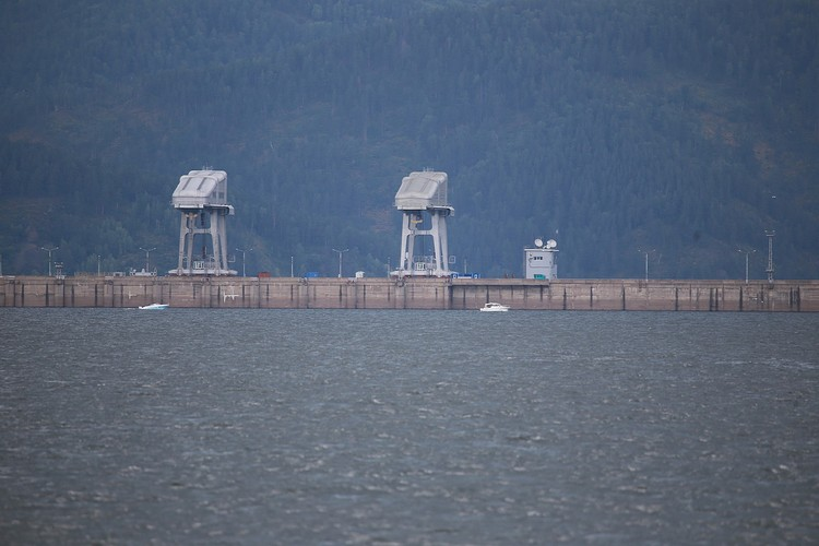 А это Красноярская ГЭС, ею можно любоваться с дивногорской видовки