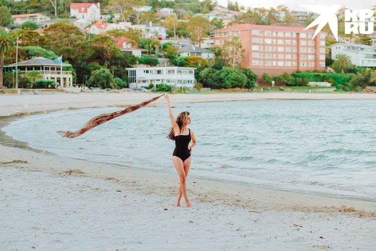 Раньше Елена бы постеснялась надеть купальник и пойти на пляж. Фото: Анна СОКОЛОВСКАЯ