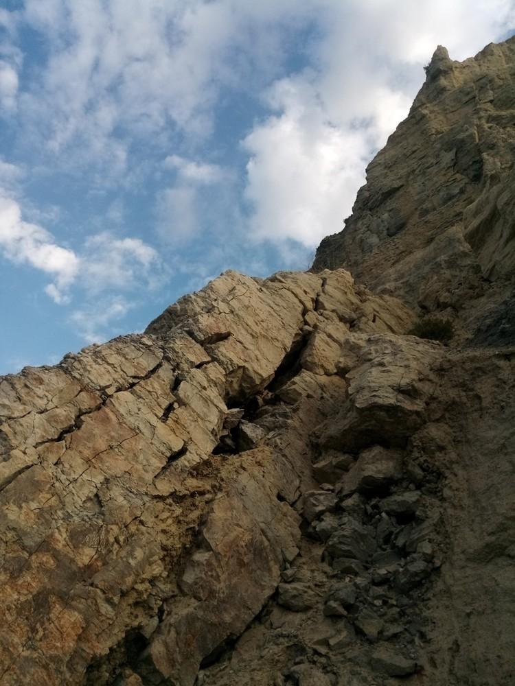 Для геологов - это настоящий рай для исследований.