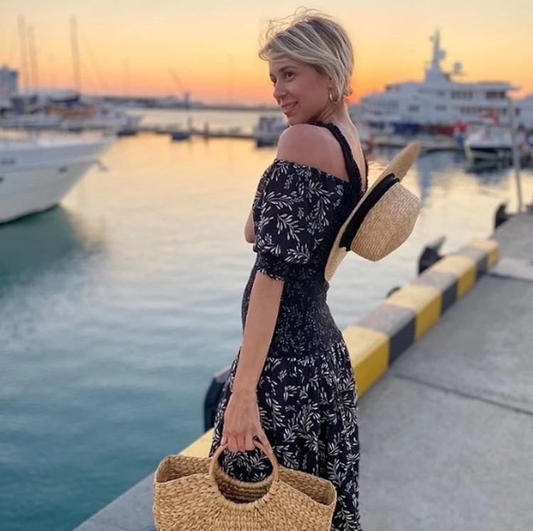 В этом сезоне снова актуальны сумки из соломы или мешковины. Фото: instagram.com/mirolepa/
