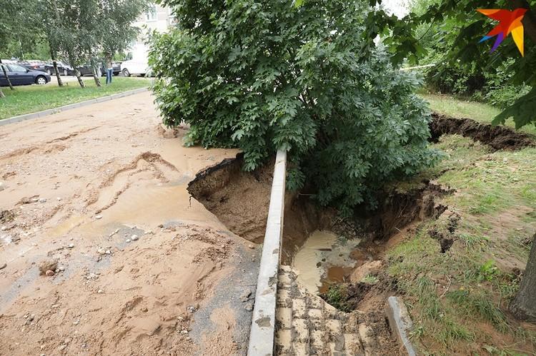 По рассказам очевидца, прорыв водопровода можно было сравнить с гейзером.