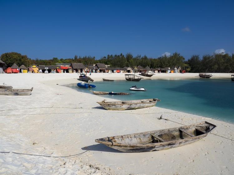 Пляжи с чистым белым песком