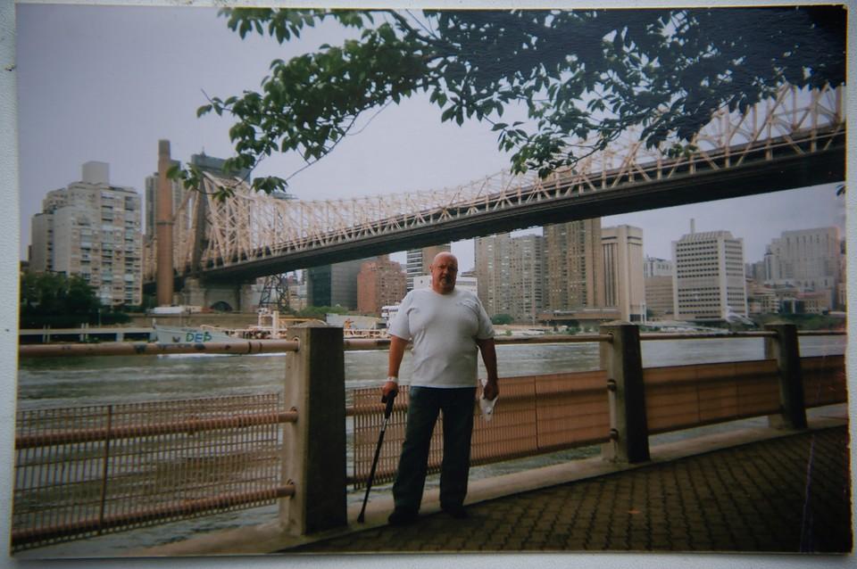 В Нью-Йорке свердловчанин много лет работал поваром в ресторане. Фото: Алексей БУЛАТОВ