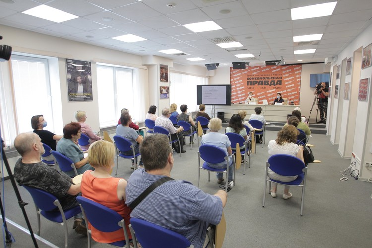 Лекции проходят в рамках проекта «Школа здорового питания для старшего поколения «Питайся на отлично»