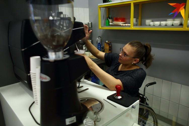 Наталья Астанина раньше работала бариста в кофейне в Лиде