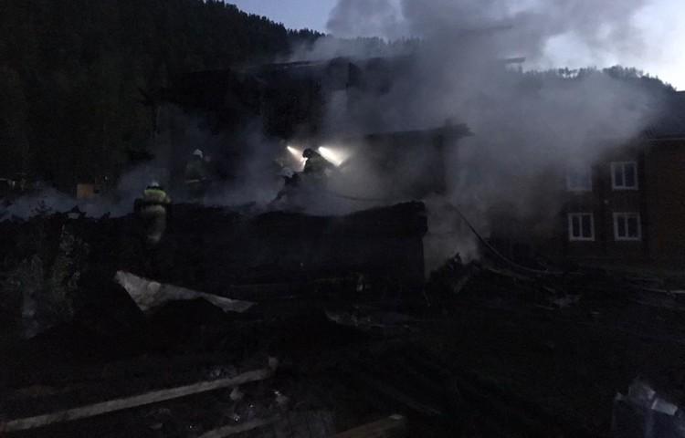 Предполагаемой причиной пожара стали проблемы с электропроводкой. Фото: Пресс-служба ГУ МЧС по Алтайскому краю