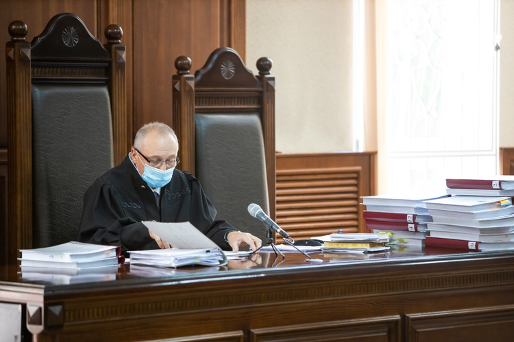 Судья Сергей Капранов.