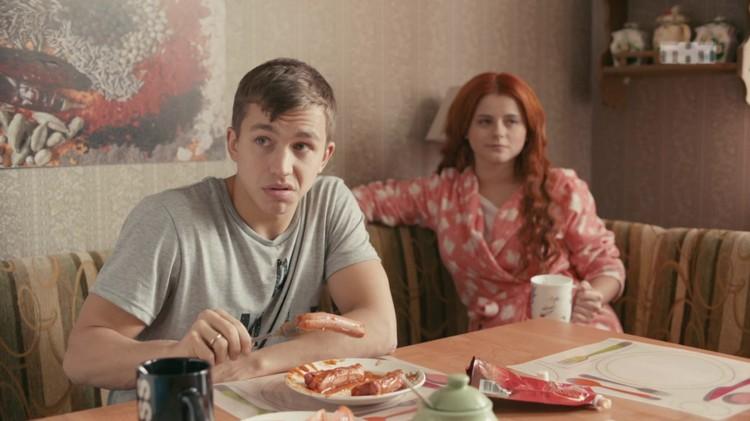 После успеха в сериале «Чернобыль.Зона отчуждения», Сергей получил роль в «Ольге» — комедийном проекте ТНТ