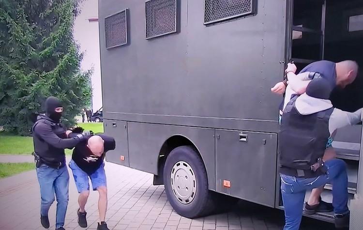 Задержание 33-х российских граждан в Минске