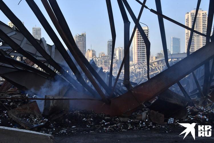 Турция пообещала восстановить разрушенный порт Бейрута и прилегающие здания.