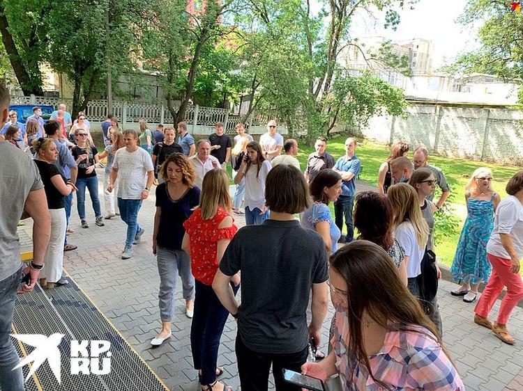 В забастовке во время обеденного перерыва приняли участие сотрудники «Белэнергосетьпроект»