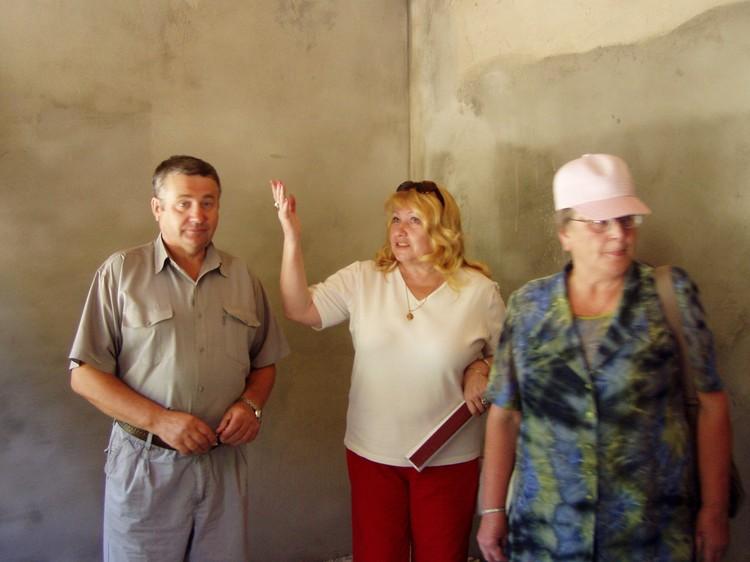 Благодаря Любови Никитиной (в центре) были организованы археологические обследования, усилены работы на аварийных памятниках археологии