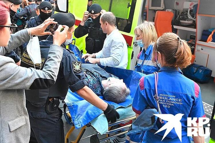 На судебном заседании Михаил Ефремов почувствовал себя плохо и был госпитализирован