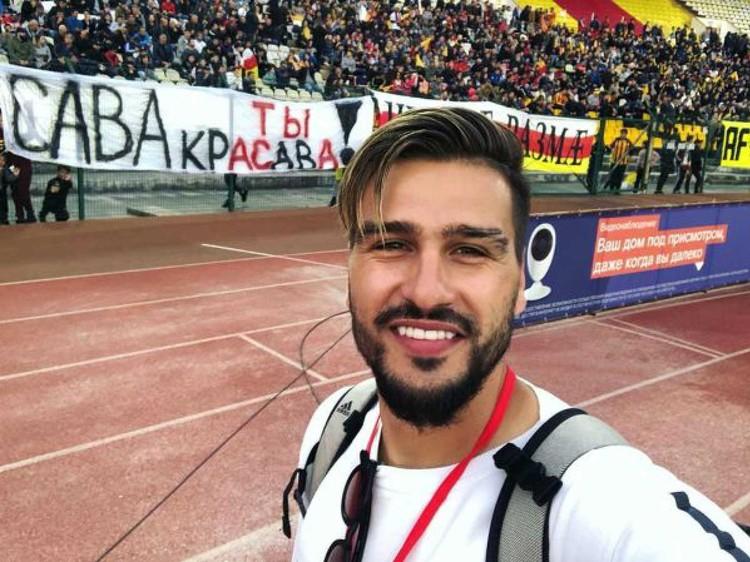 Благодаря Евгению Савину (КраСаве) семье умершего футболиста за день собрали 10 млн рублей.