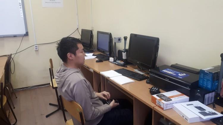 Мичил Моисеев успешно учится в институте языков и культур народов Северо-Востока России СВФУ. Фото: предоставлено ЯРАИСИС.