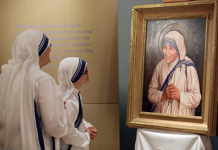 При жизни мать Терезу и ее сестер старались не подвергать жесткой критике. Но после ее смерти конгрегация подверглась многочисленным нападкам