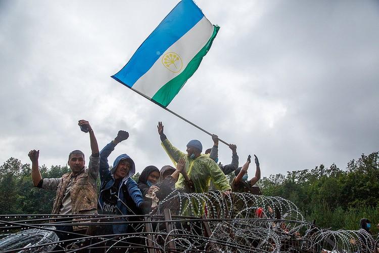 Август 2020 года, активисты, выступающие против разработки горы Куштау Башкирской содовой компанией, на баррикадах. Фото: Вадим Брайдов/ТАСС