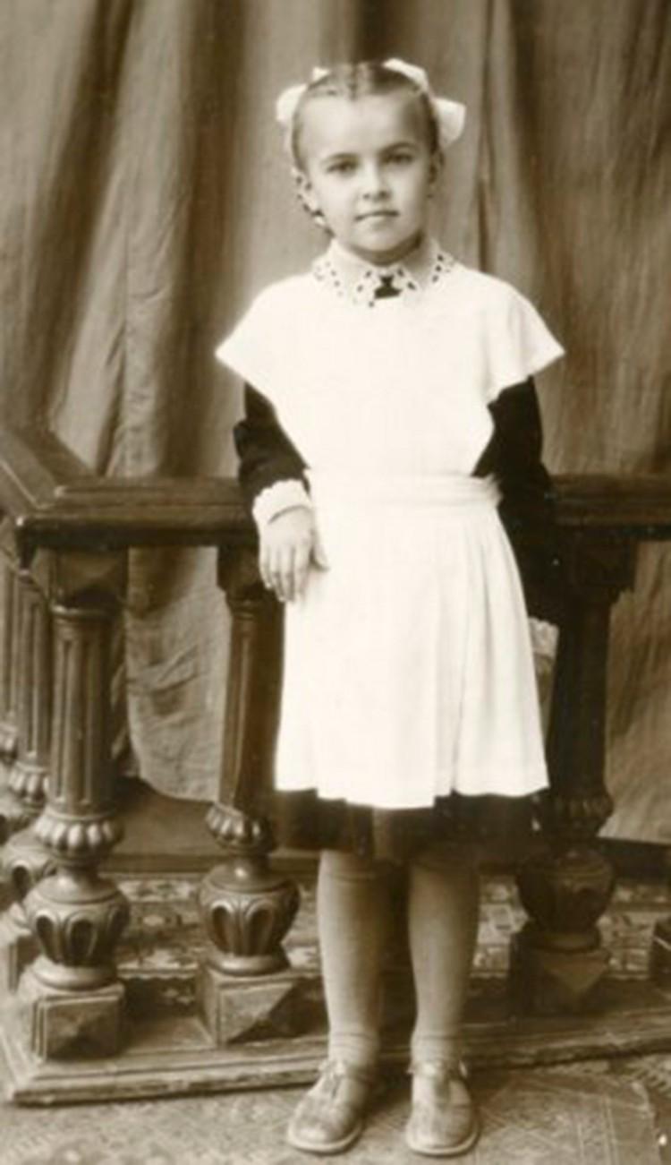 Мама Ларисы Беловой решила увековечить первый школьный день дочери.