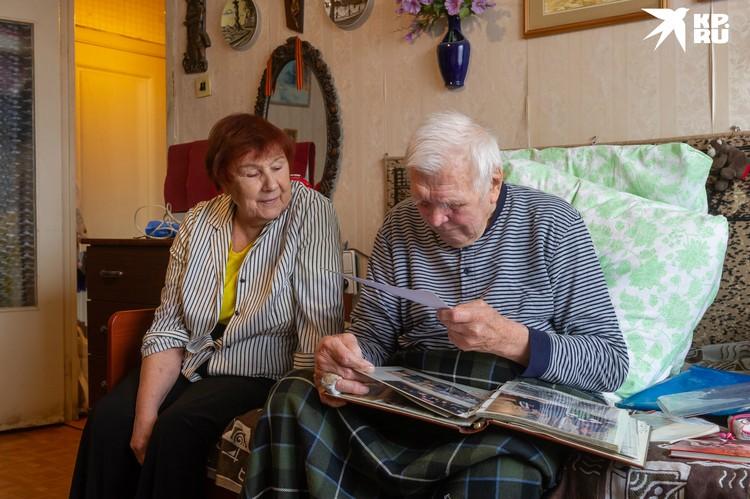 Джон Дмитриевич с супругой Валентиной Николаевной