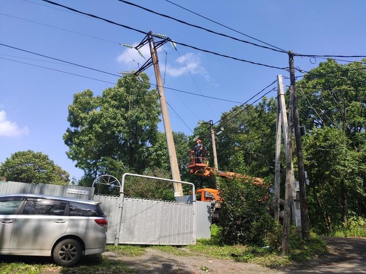Аварийно-восстановительные работы оперативно были развернуты сразу во всех пострадавших районах края