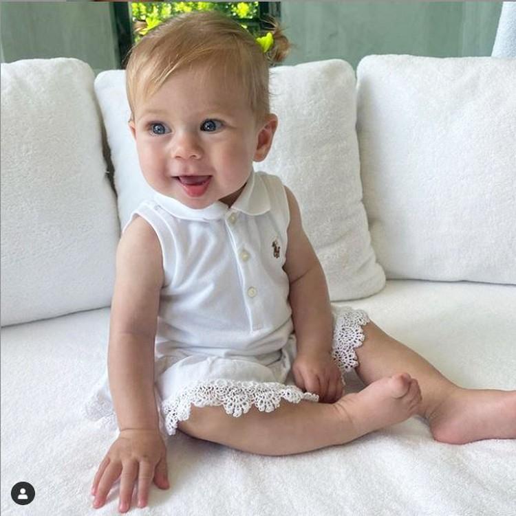 Маленькая Маша очень похожа на маму. Фото: Инстаграм.
