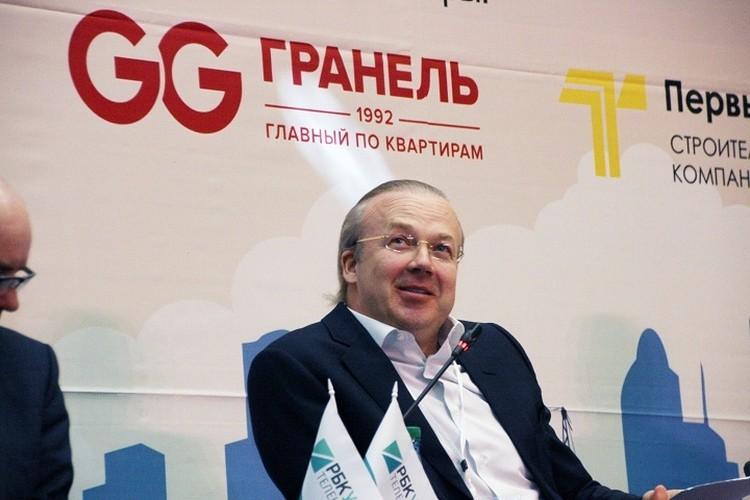 До своего прихода в правительство Башкирии Андрей Назаров управлял собственной строительной компанией