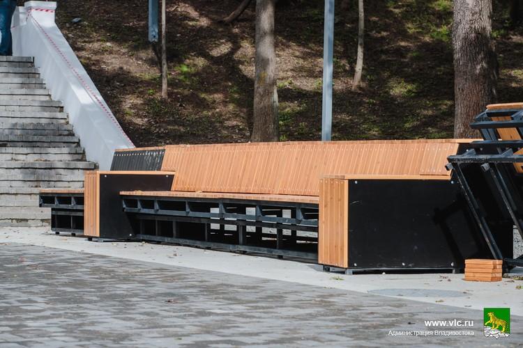 Царь-скамейка. Фото: Евгений Кулешов