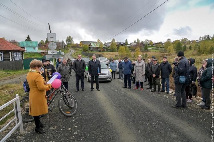 Мэр Нижнего Тагила Владислав Пинаев лично открывал мост. Фото: пресс-служба мэрии Нижнего Тагила