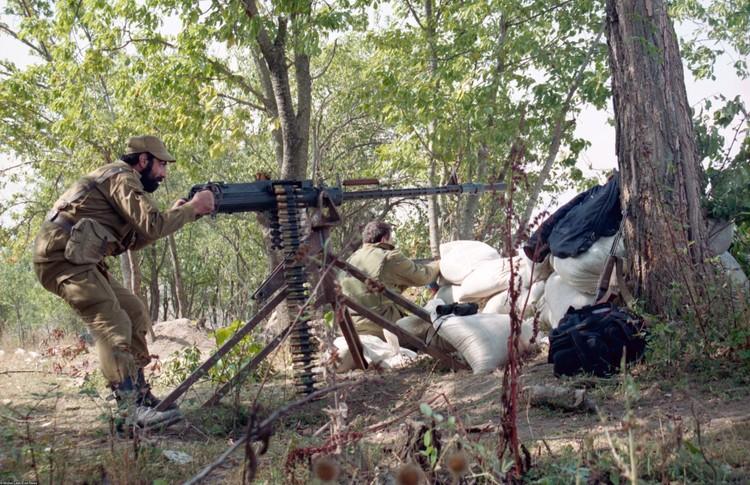 Армянская сторона заявляет, что в Нагорный Карабах были переброшены боевики с Ближнего Востока.