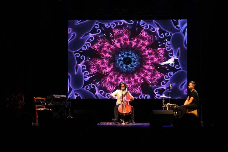 Концерт сопровождался потрясающим видеорядом.