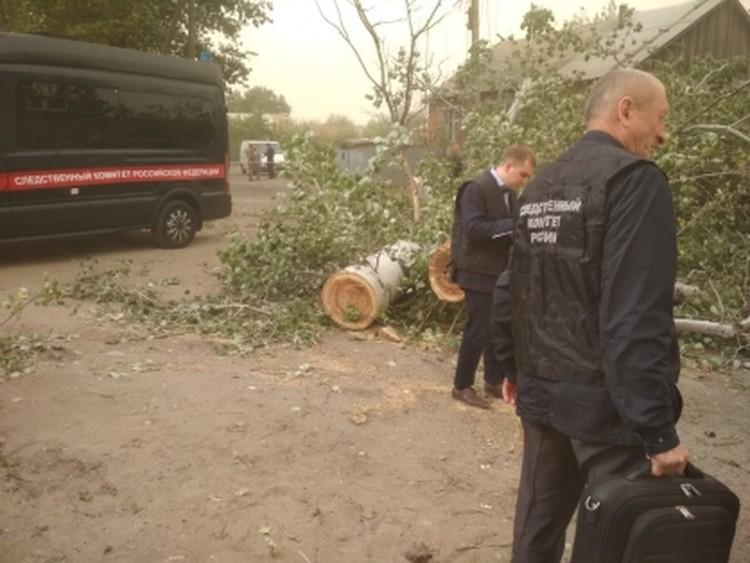 Следователи работают на месте гибели двух мужчин. Фото: СУ СК России по РО.