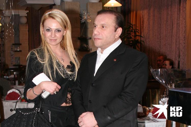 Яна Рудковская семь лет была замужем за Виктором Батуриным.