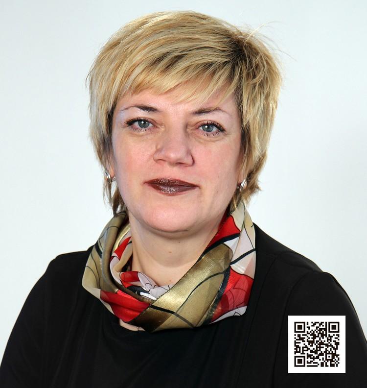 Наталья Борцова - выпускница той школы, которой руководит более 10 лет.