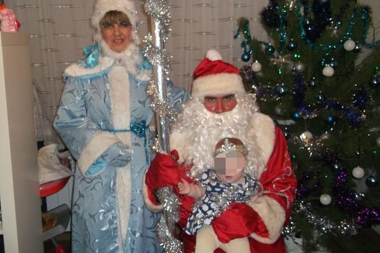Каждый Новый год Наталья перевоплощается в Снегурочку.