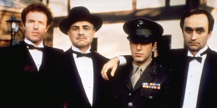 Дон Корлеоне и его сыновья.
