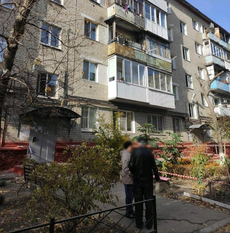 Жительница дома в Заводском районе хотела убить своих дочерей