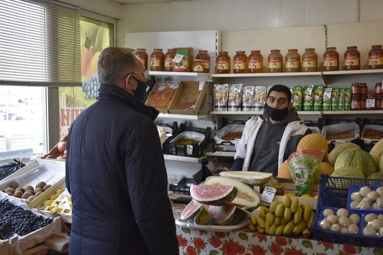 Продавцы такому вниманию со стороны надзорных органов не очень рады Фото: администрация города