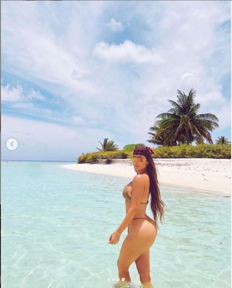 Поездка на остров стала сюрпризом для близких Ким. Фото: Инстаграм.