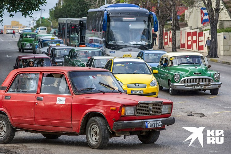 """Также в автопарке хватает и родных """"Жигулей"""". Фото: Алексей Белянчев"""