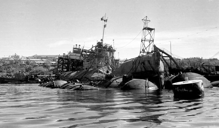 Подъем линкора в 1957 году