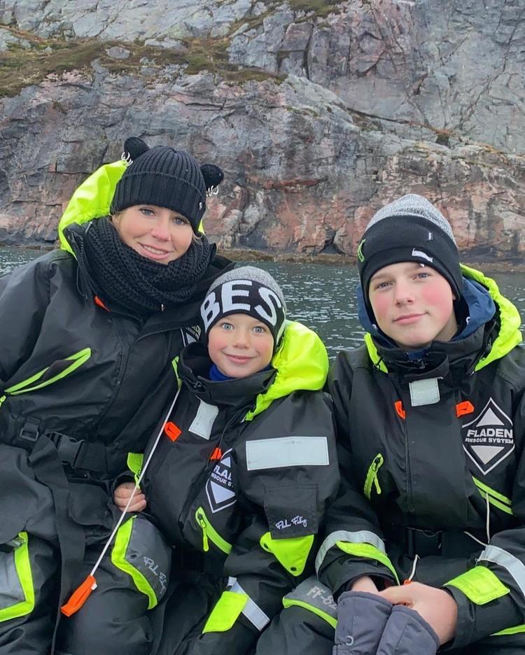 Юлия Барановская с сыновьями Артемом и Арсением выбрала индивидуальный тур к Баренцовому морю