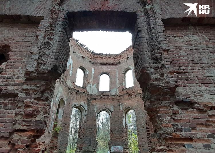 В этих стенах когда-то жил возлюбленный Елизаветы граф Алексей Разумовский