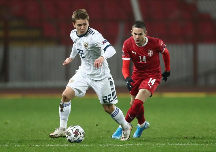 Андрей Мостовой вышел после перерыва.
