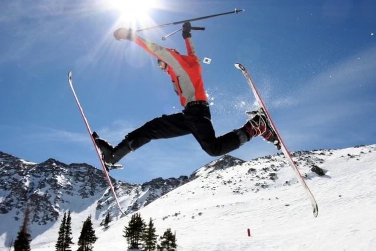 Покататься на лыжах можно в Украине, Сербии и Турции