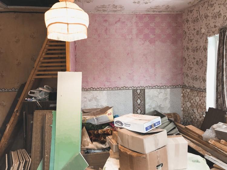 26-летний мужчина сам строил дом