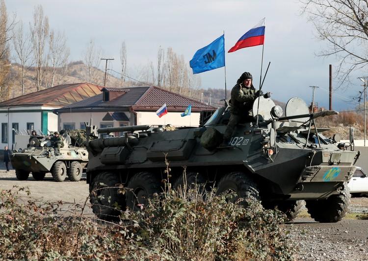 """Александр Проханов: """"Наши миротворцы в Карабахе - это только малая - выигранная - часть нашего большого сражения""""."""