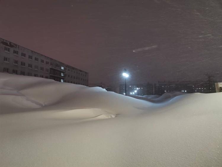 Вместо дорог, узкие тропы Фото: Типичный Норильск