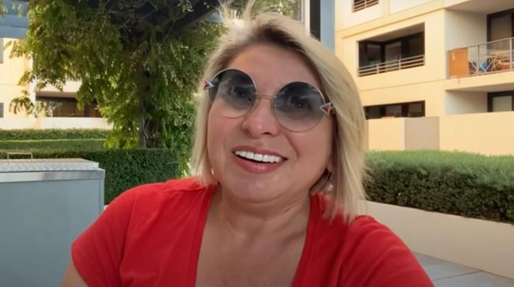 Даже если астрологией вы не интересуетесь, Анжелу Перл можно смотреть в качестве психотерапии. Скриншот: видео на канале Angela Pearl.