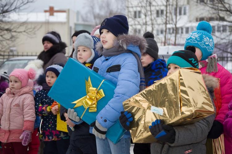 Исполнять желания ребят, оказавшихся в трудной жизненной ситуации, стало новогодней традицией для башкирских нефтяников